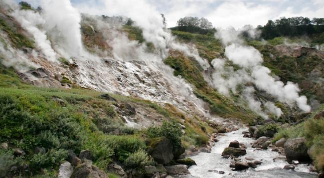 to-go-blogs-turista-curioso-geyser-kamchatka-russia-2